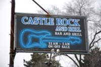 Castle-Rock-N-Roll-Bar-and-Grill
